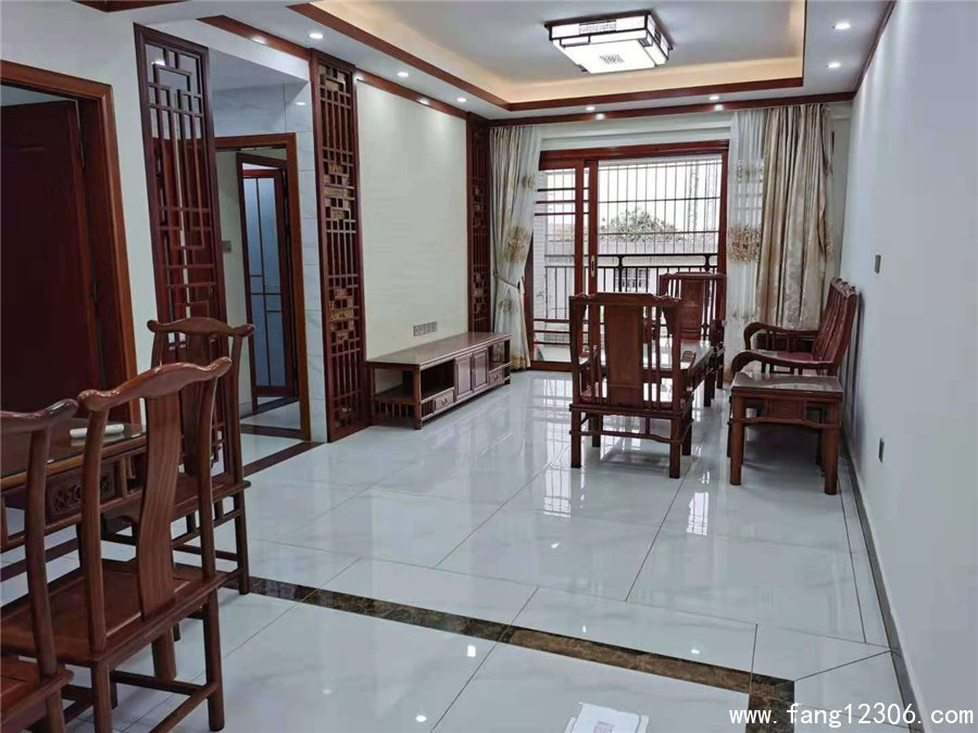 <b>惠州小产权房《站前学府》3栋大型统建楼盛大开盘单价3000起</b>