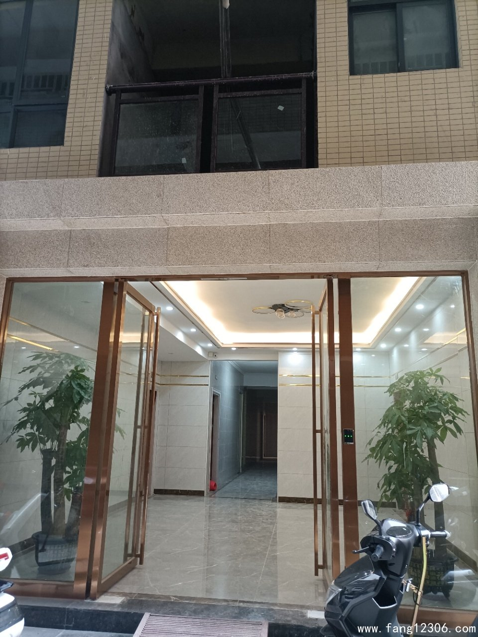 <b>长安沙头滨海湾3栋统建楼《理想美居》教育无忧出行便利总价9.9万</b>